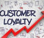 Apa itu Loyalitas Pelanggan: Konsep, Kepentingan, Tips dan Metrik